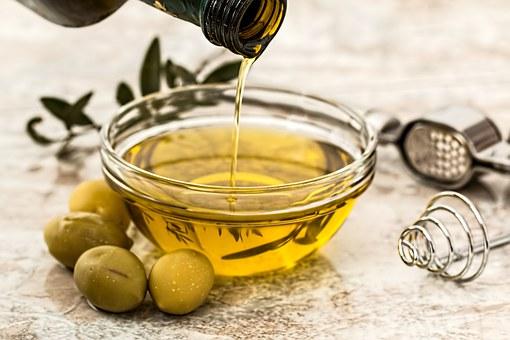 Petit pot d'huile d'olive