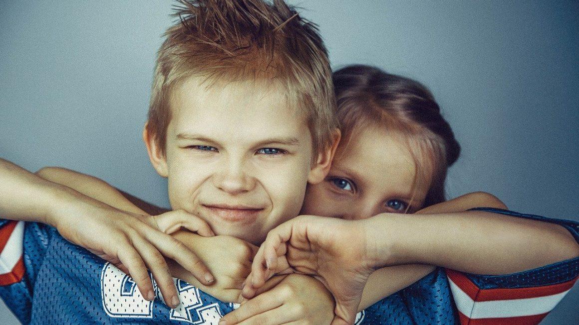 Jalousie et rivalités fraternelles: comment gérer?
