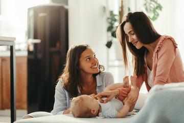 Post partum accompagnement postnatal doula bébé